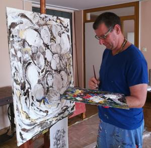 Gernot Wimmer beim Malen